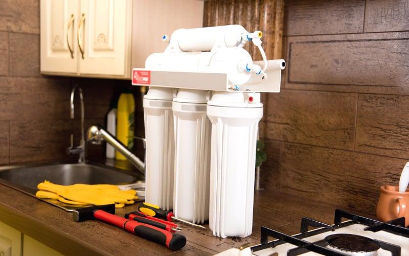 install under sink water filter